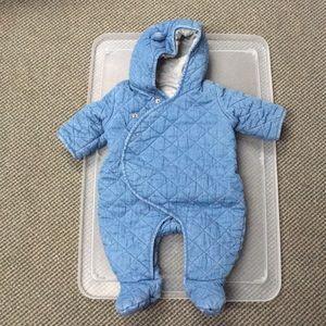Baby Gap 0-3mo winter body suit